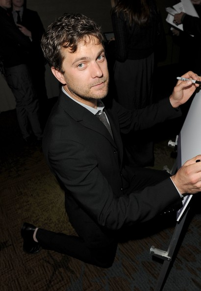 Joshua Jackson en la 23 edición de los premios GLAAD Media Awards in Los Angeles Joshua16