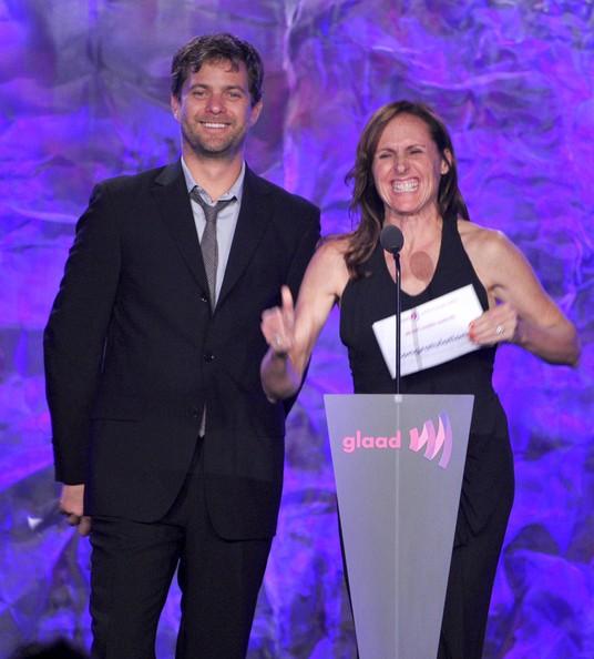 Joshua Jackson en la 23 edición de los premios GLAAD Media Awards in Los Angeles Joshua27
