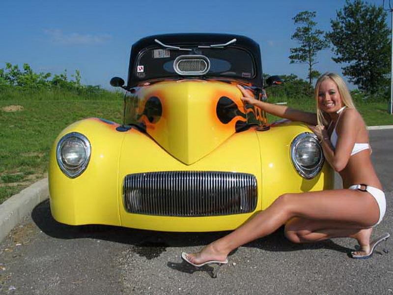 Pin-up en voiture américaine - Page 3 668e10