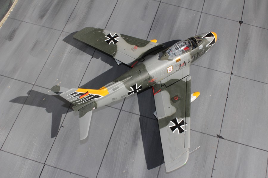 NORTH AMERICAN F-86F-40 ou CANADAIR MK VI North_37