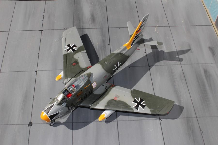 NORTH AMERICAN F-86F-40 ou CANADAIR MK VI North_38