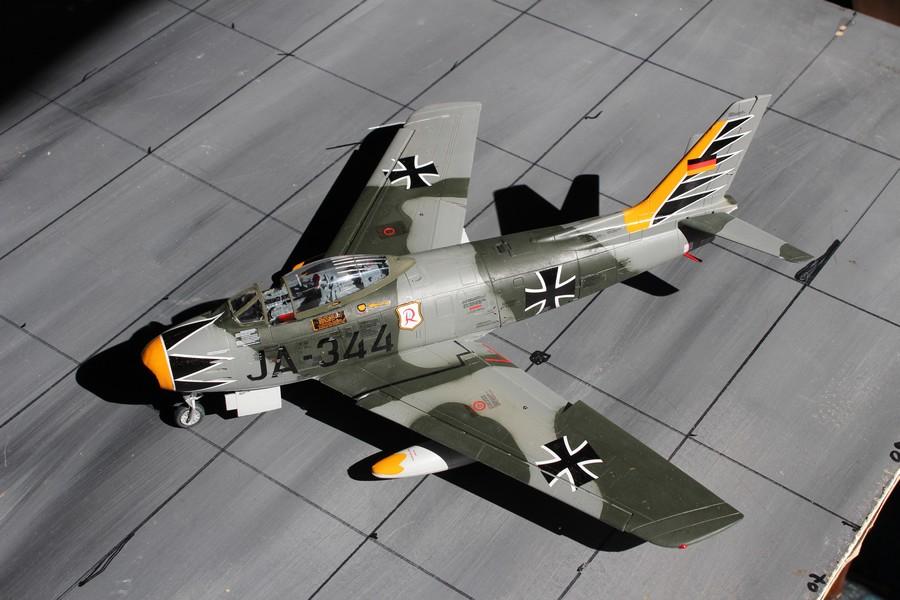 NORTH AMERICAN F-86F-40 ou CANADAIR MK VI North_39