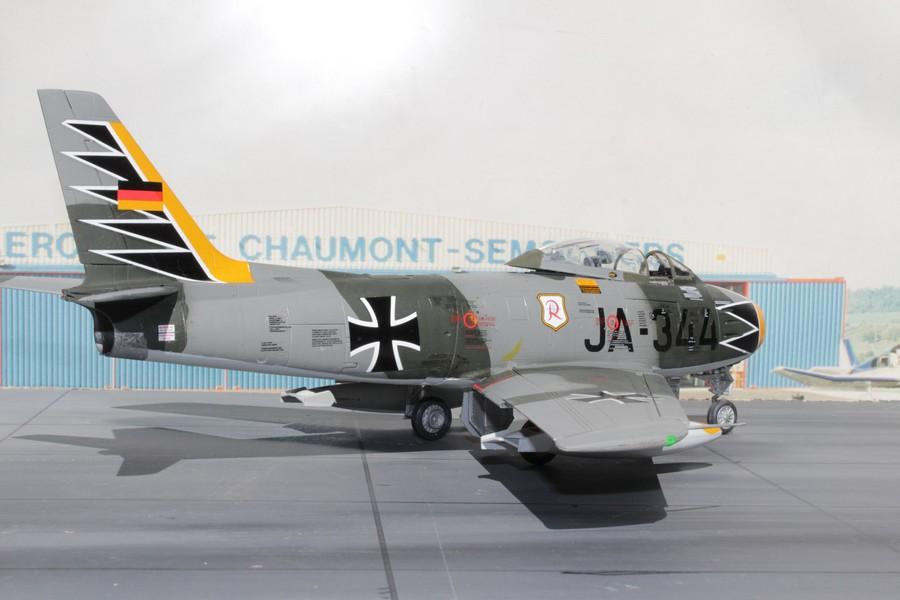 NORTH AMERICAN F-86F-40 ou CANADAIR MK VI North_43