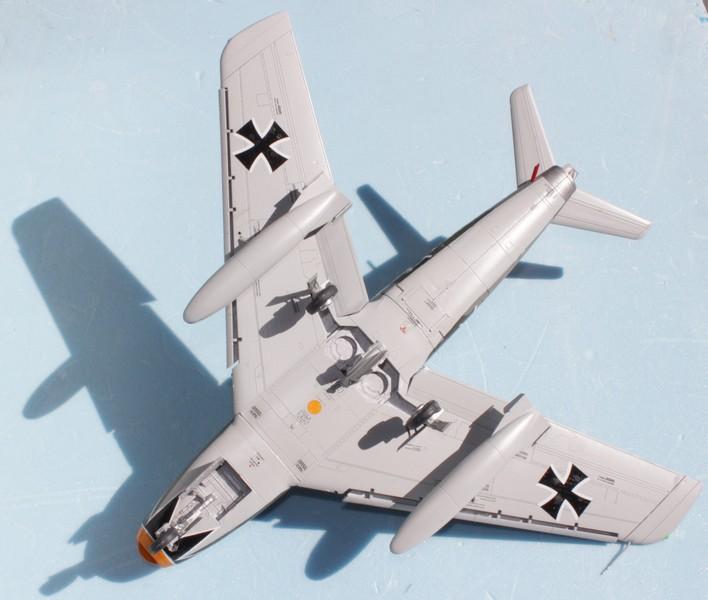 NORTH AMERICAN F-86F-40 ou CANADAIR MK VI North_45