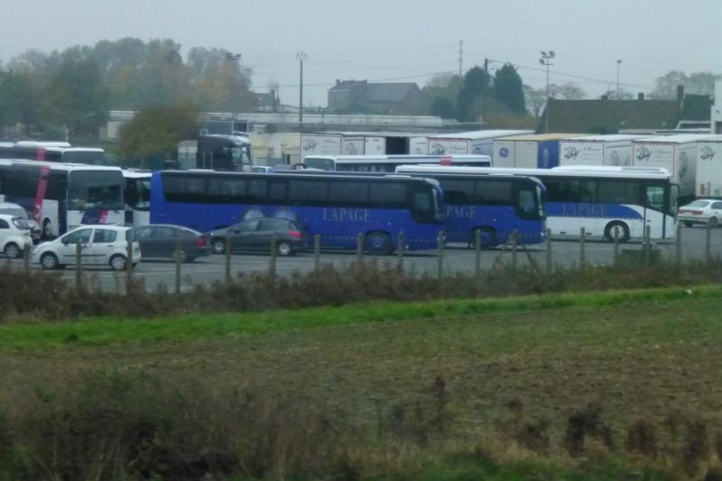 Cars et Bus de la région Nord - Pas de Calais - Page 4 Papy_669