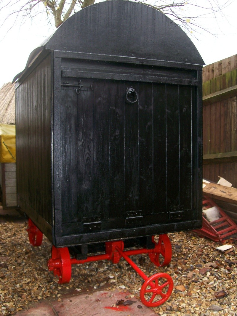 shepherds hut pics  00110