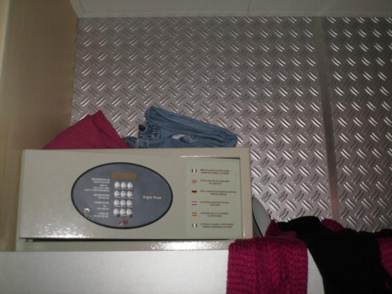 Disney's Hôtel Santa Fe - Page 37 Img_0111