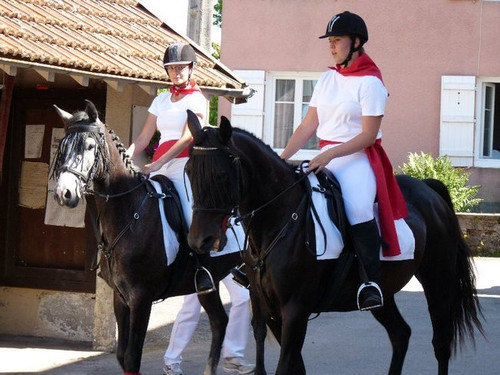 Mariages a Cheval.  33527_10