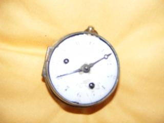 Vieille montre à chaine. Dscf4410