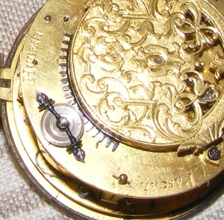 Vieille montre à chaine. Zoom_m10