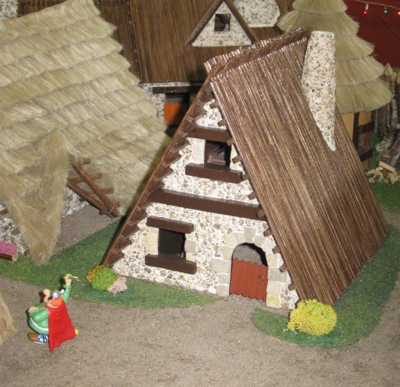 Le Village d'Astérix le Gaulois en maquette au 1/40 - Page 6 Analge15