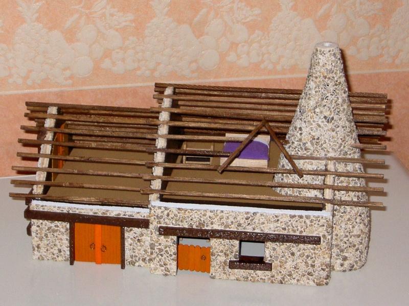 Le Village d'Astérix le Gaulois en maquette au 1/40 - Page 4 Deboit12