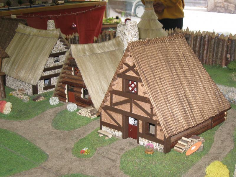 Le Village d'Astérix le Gaulois en maquette au 1/40 - Page 4 Img_2610
