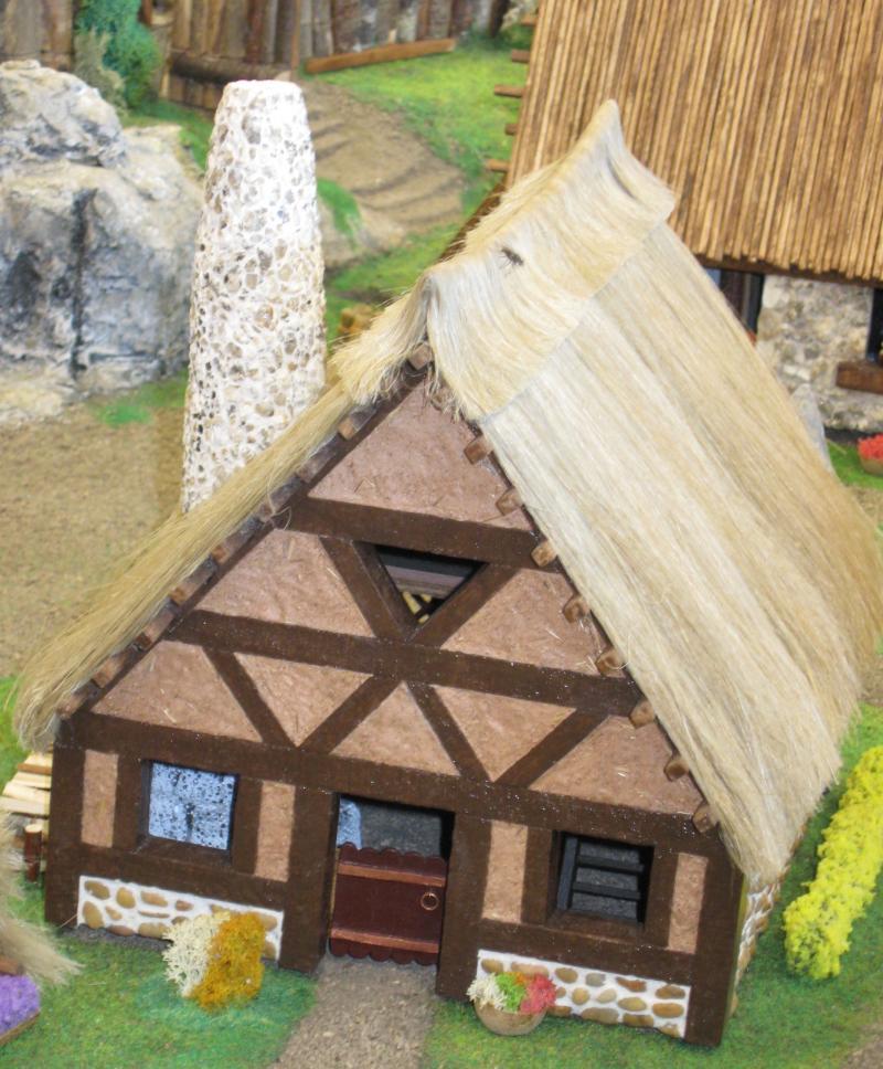 Le Village d'Astérix le Gaulois en maquette au 1/40 - Page 5 Pneuma13