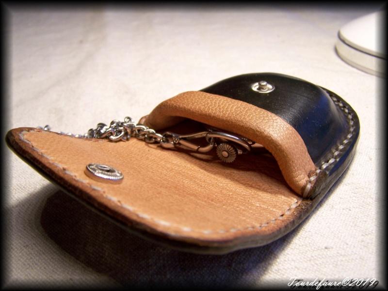 Accessoires en cuir pour le rasage - Page 30 100_6150