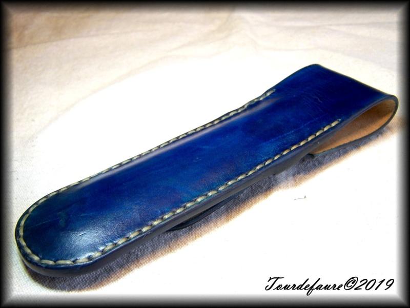 Accessoires en cuir pour le rasage - Page 28 100_6719
