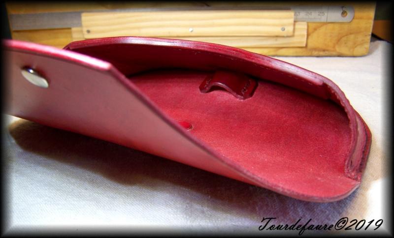 Accessoires en cuir pour le rasage - Page 29 100_6918