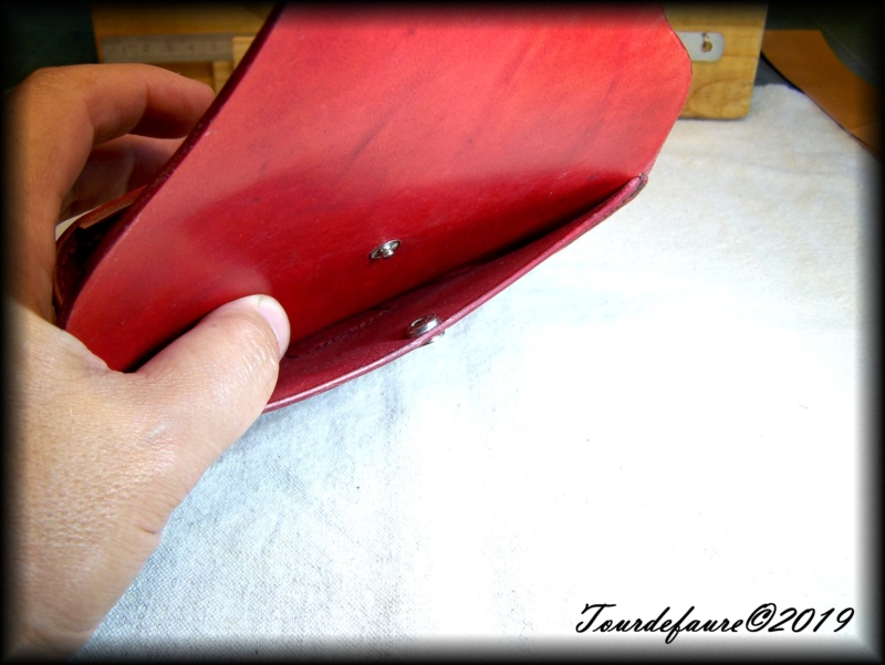 Accessoires en cuir pour le rasage - Page 29 100_6921