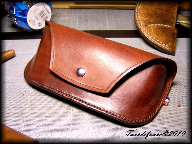 Accessoires en cuir pour le rasage - Page 30 100_6928