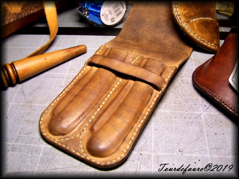 Accessoires en cuir pour le rasage - Page 29 100_6929