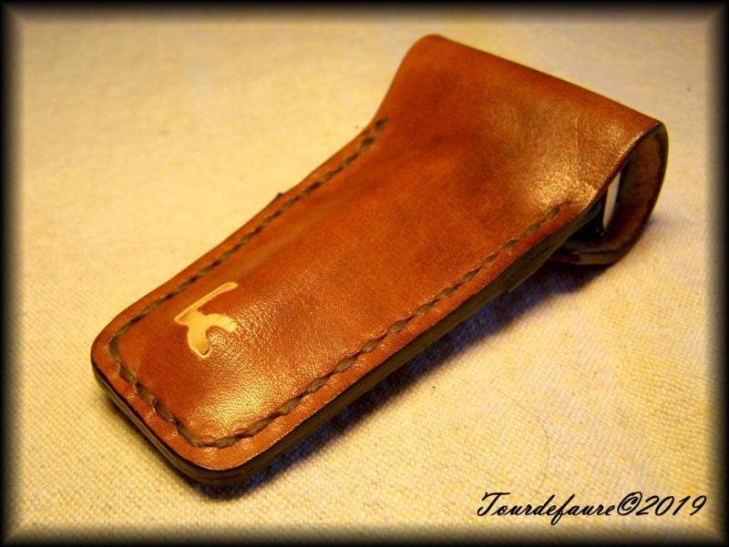 Accessoires en cuir pour le rasage - Page 29 100_7018