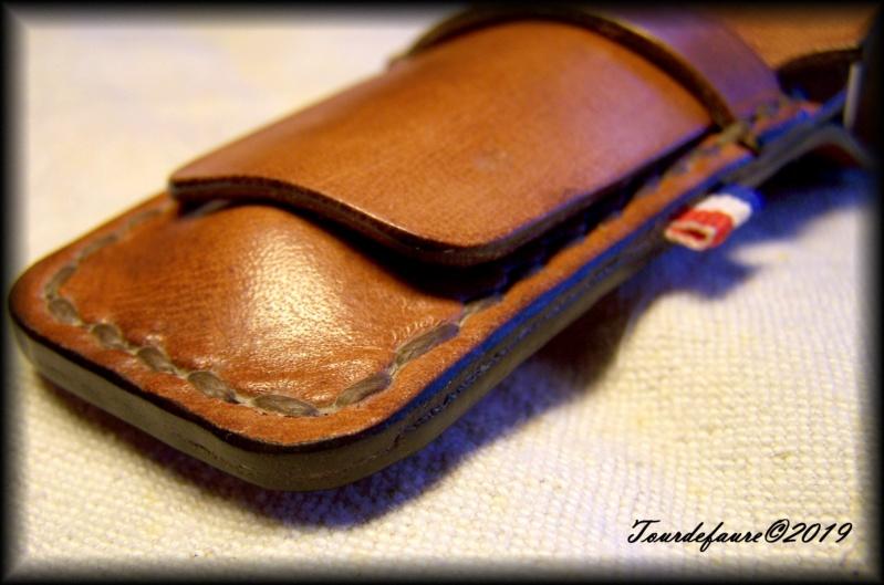 Accessoires en cuir pour le rasage - Page 29 100_7020