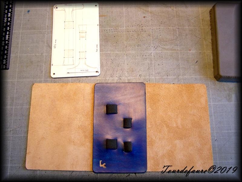 Les cuirs de Laurent - Page 30 100_7052