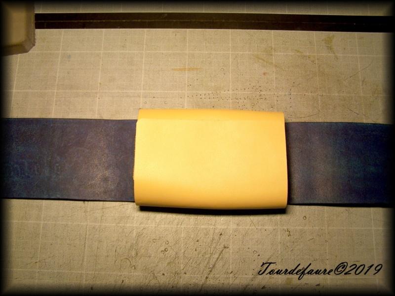 Accessoires en cuir pour le rasage - Page 30 100_7054