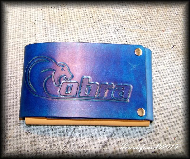 Accessoires en cuir pour le rasage - Page 31 100_7058