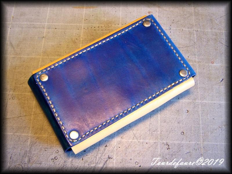 Accessoires en cuir pour le rasage - Page 31 100_7114