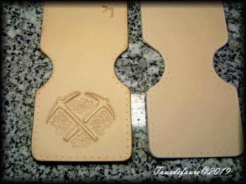 Accessoires en cuir pour le rasage - Page 31 100_7120