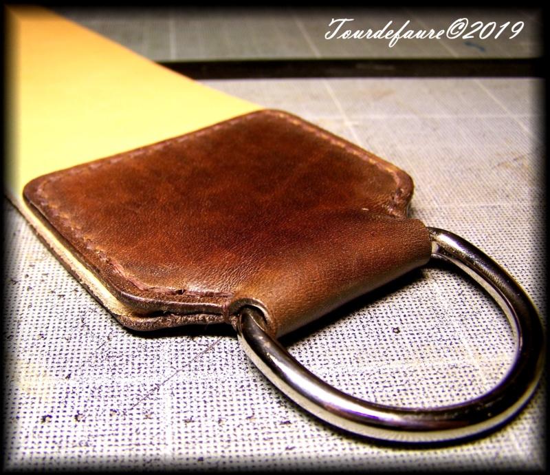 Accessoires en cuir pour le rasage - Page 33 100_7217