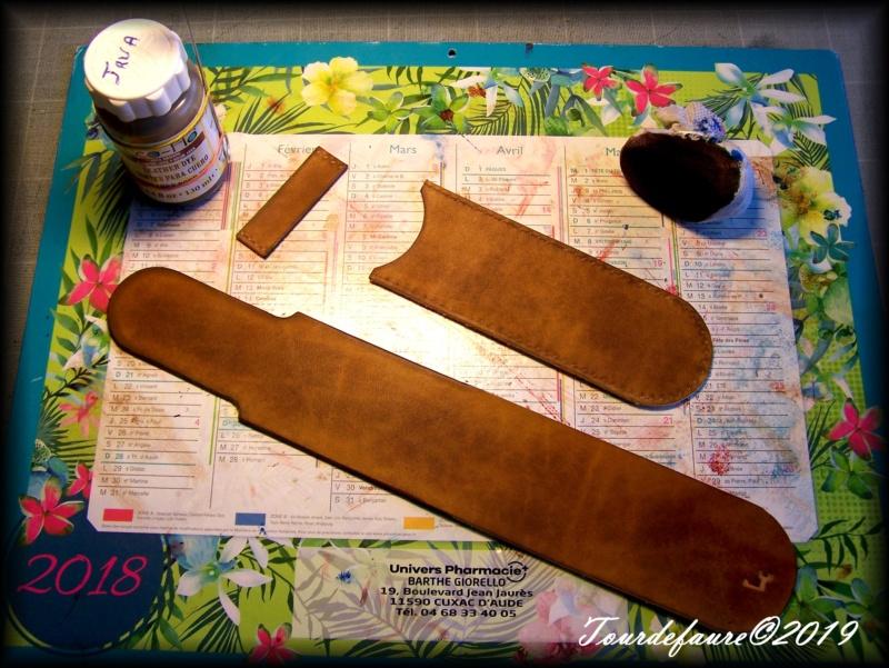 Accessoires en cuir pour le rasage - Page 33 100_7220