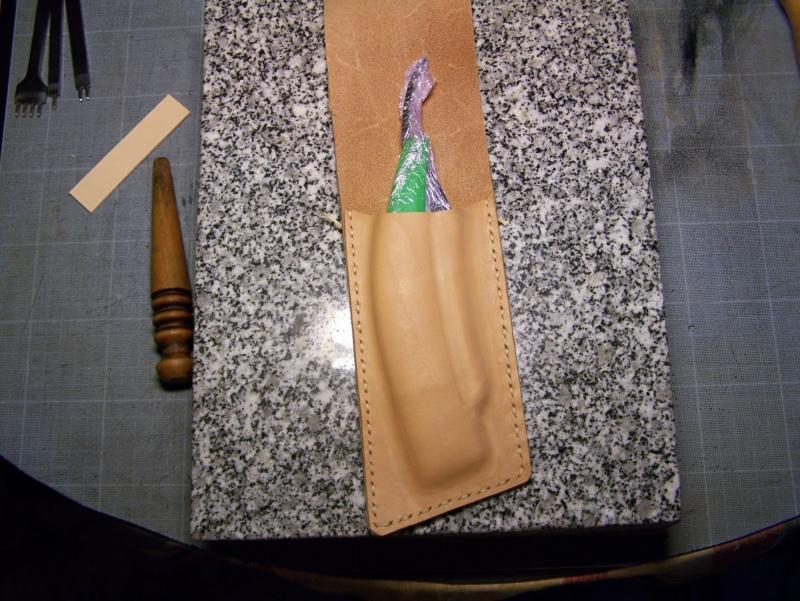 Accessoires en cuir pour le rasage - Page 33 100_7228