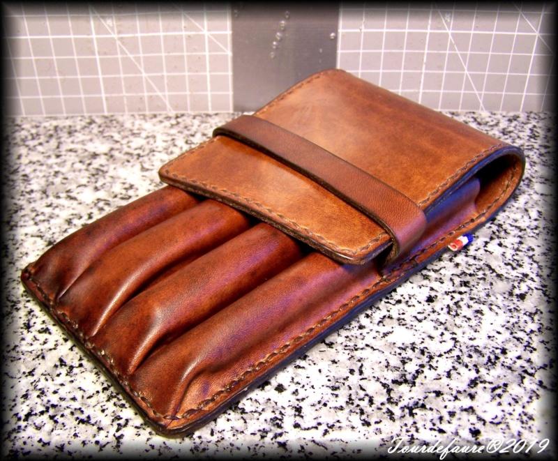 Accessoires en cuir pour le rasage - Page 33 100_7235