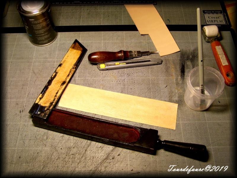 Accessoires en cuir pour le rasage - Page 33 100_7239