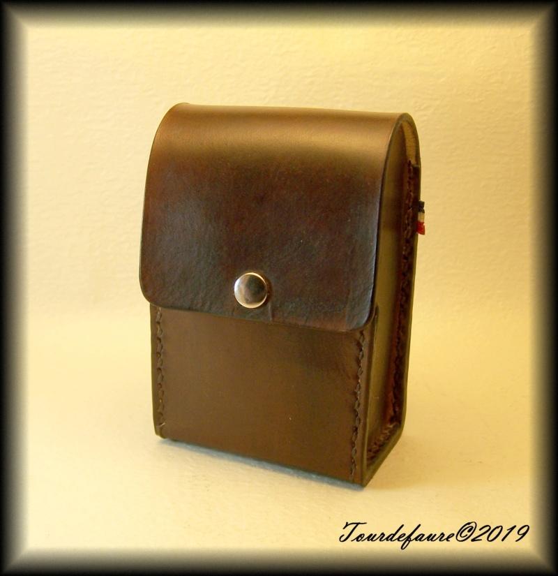 Accessoires en cuir pour le rasage - Page 30 25_110