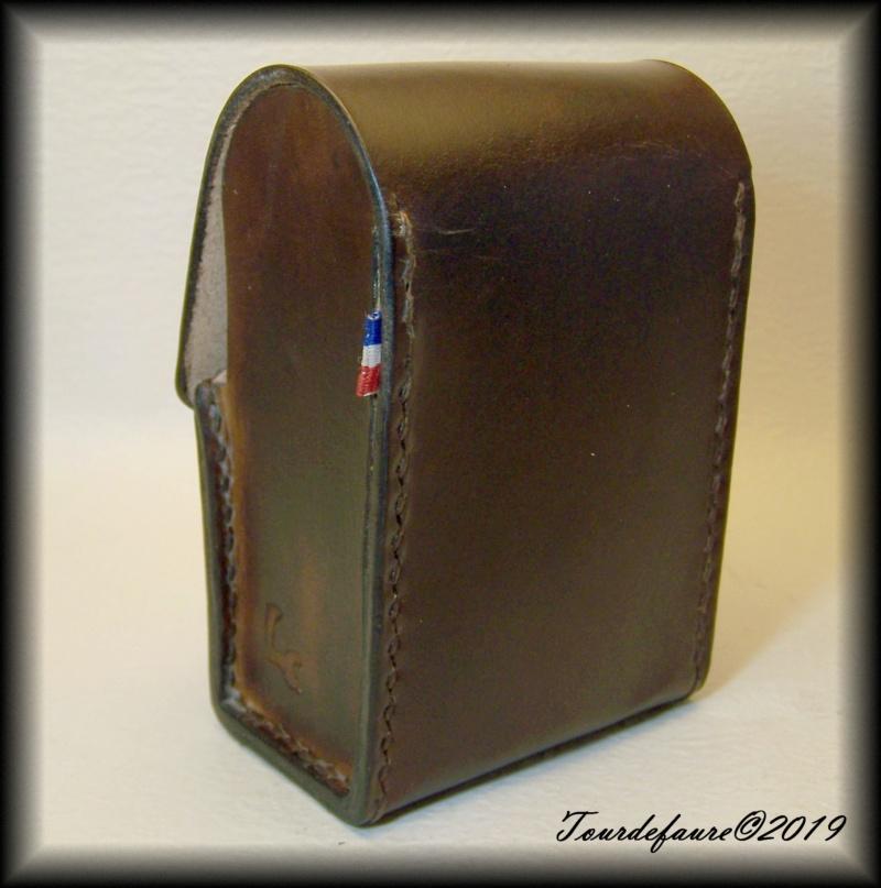 Accessoires en cuir pour le rasage - Page 30 25_410