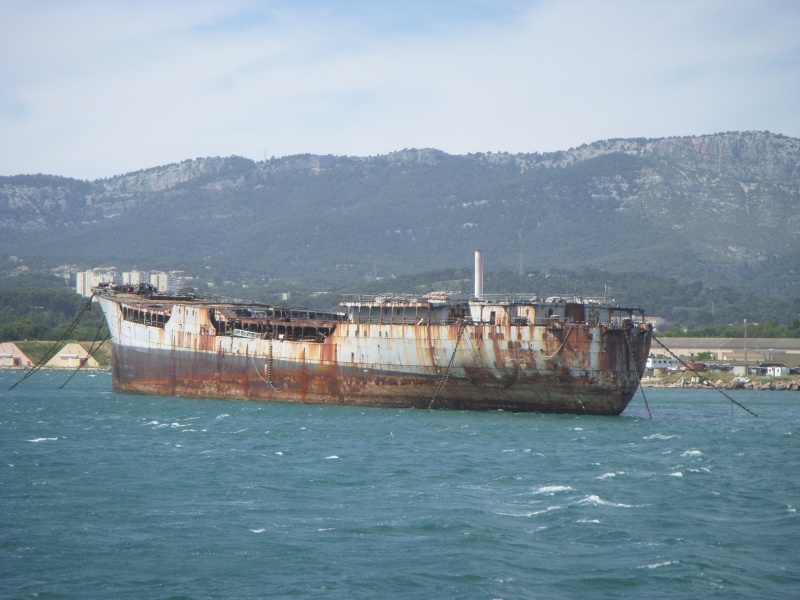 [Les Ports Militaires de Métropole] Visite de la rade de Toulon - Page 2 La_som10