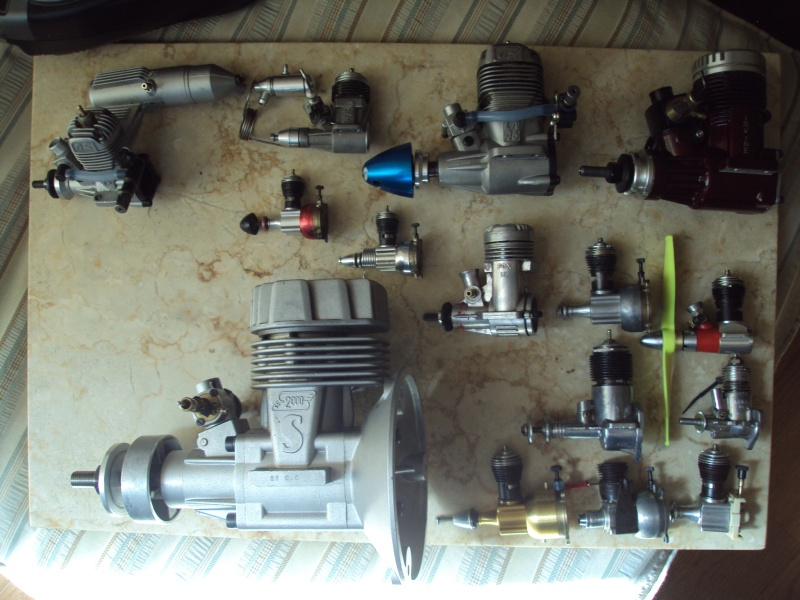 SOLD!!! 3 Testors plastic case engines $15 for all. Dsc06223