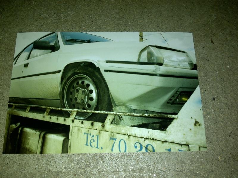 Photos de quelques anciennes............voitures! - Page 5 Img-2033