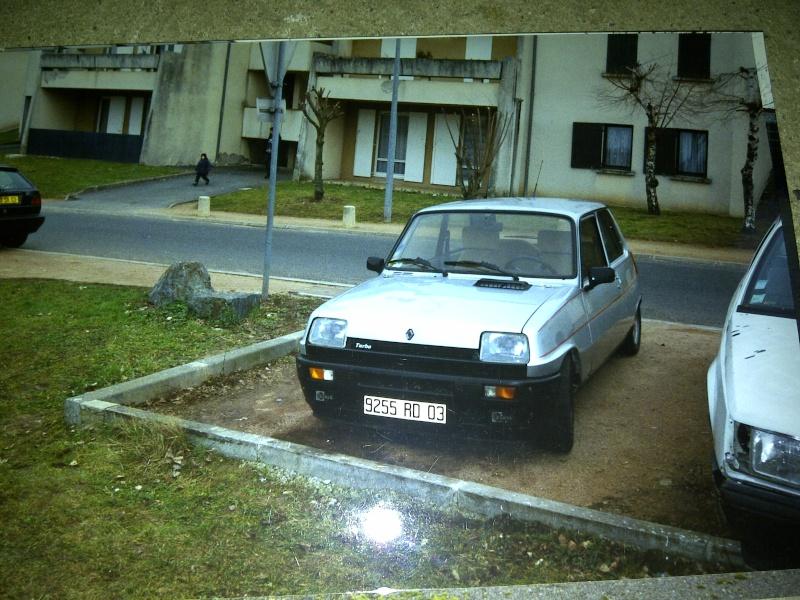 Photos de quelques anciennes............voitures! - Page 5 Img-2034