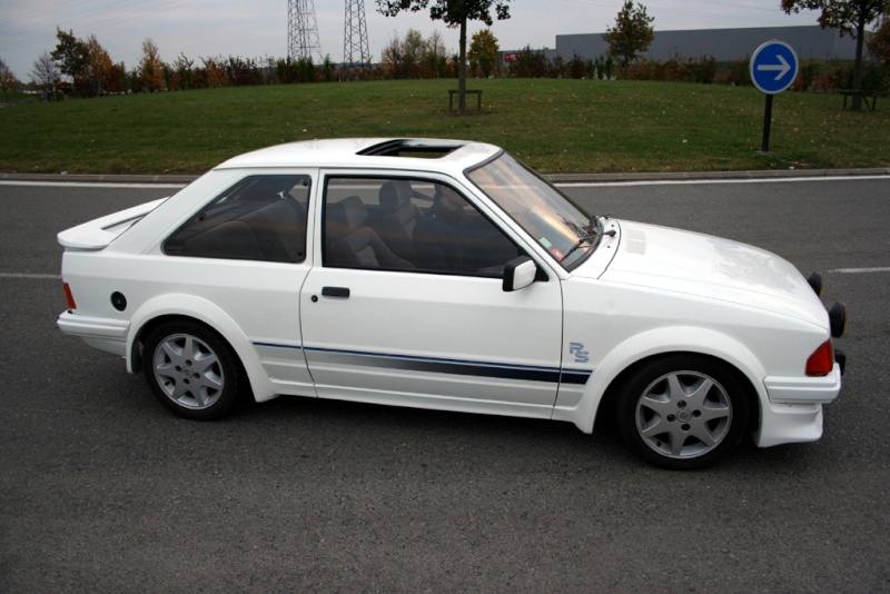 mes ancienne voitures ( si vous aimez les ford lol) - Page 2 Ford-e10