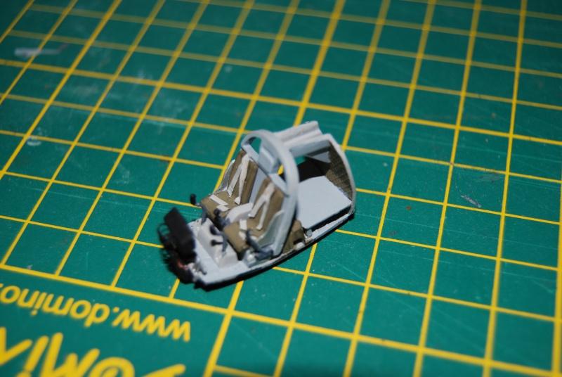 [S-Model & Italeri] OH6A Cayuse et Ford MUTT Vietnam Années 70 Dsc_0142