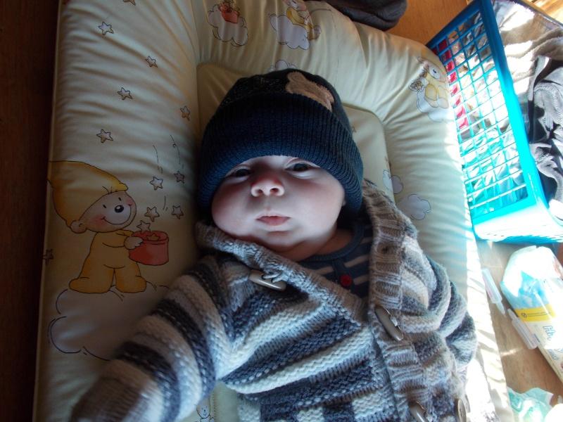 bébé espoir septembre - octobre 2012 - Page 2 Dscn0911