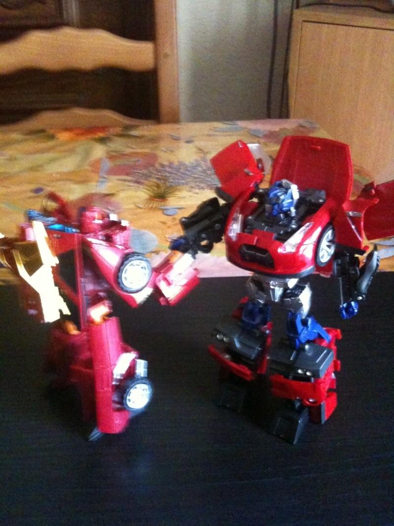 Vos montages photos Transformers ― Vos Batailles/Guerres | Humoristiques | Vos modes Stealth Force | etc - Page 3 Img_0945