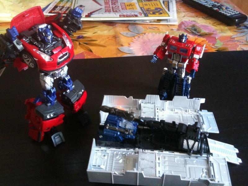 Vos montages photos Transformers ― Vos Batailles/Guerres | Humoristiques | Vos modes Stealth Force | etc - Page 3 Img_0948