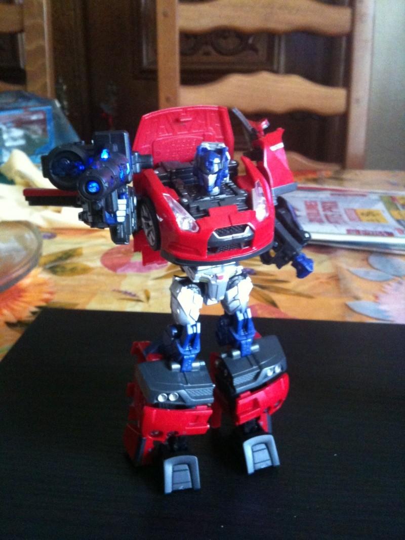 Vos montages photos Transformers ― Vos Batailles/Guerres | Humoristiques | Vos modes Stealth Force | etc - Page 3 Img_0949