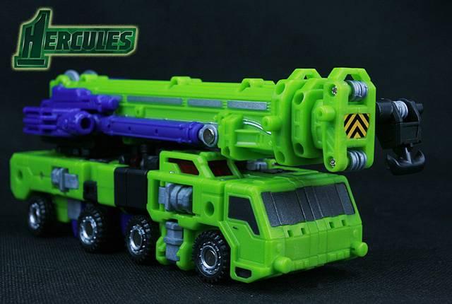 Votre voiture actuel ou de rêve!   Vos Photos de véhicules Transformers prisent dans la rue   Idées de Véhicules qui feraient de bon mode alternatif TF - Page 2 Reduce10