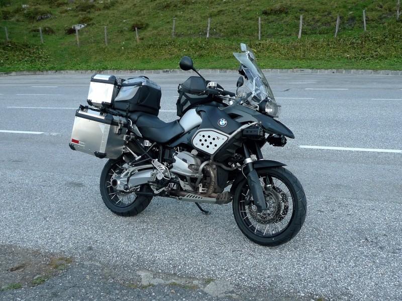 Le sujet des motards :) - Page 3 Gsa12110